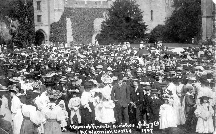 Warwickshire Friendly Societies at  Warwick Castle.  July 7th 1907 |  IMAGE LOCATION: (Warwickshire County Record Office)