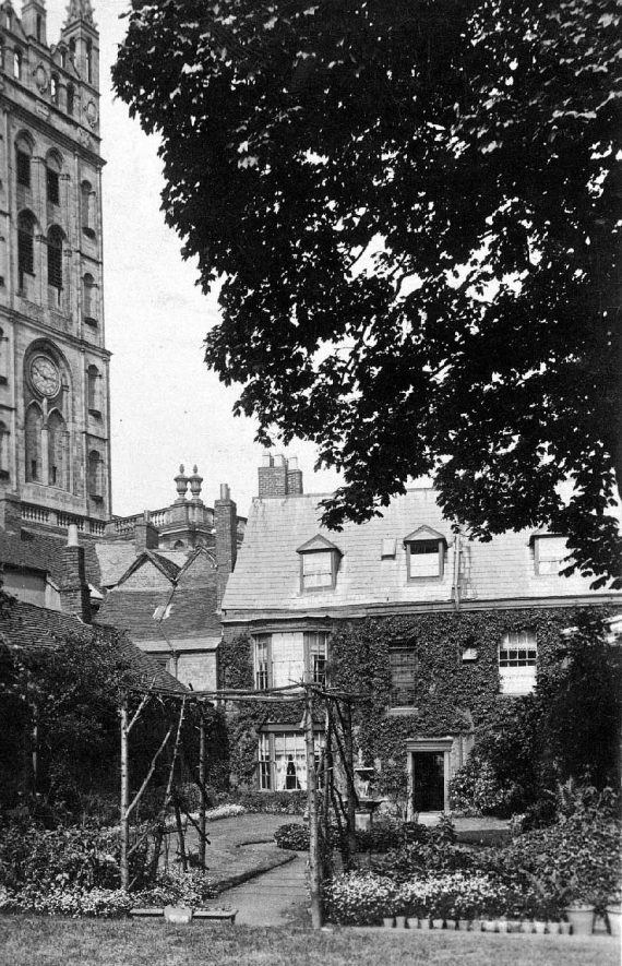 Froebel House, 21 Church Street, Warwick.  1910s |  IMAGE LOCATION: (Warwickshire County Record Office)