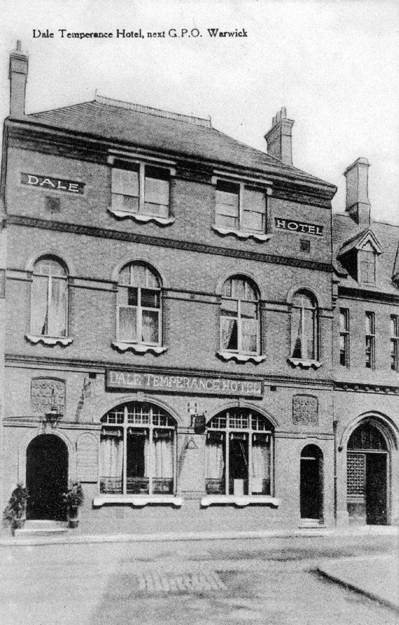 Exterior of The Temperance Hotel, Old Square, Warwick.  1910s |  IMAGE LOCATION: (Warwickshire County Record Office)