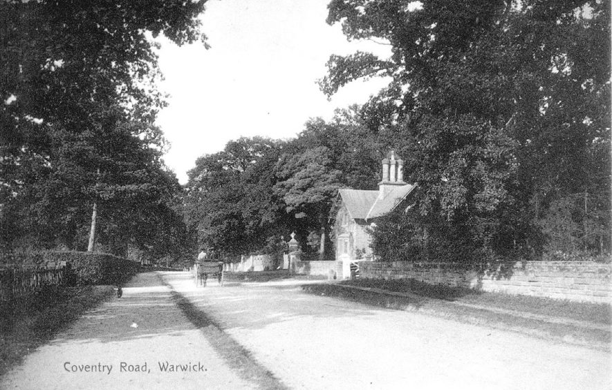 Coventry Road, Warwick, on the outer edge of the town.  1900s |  IMAGE LOCATION: (Warwickshire County Record Office)