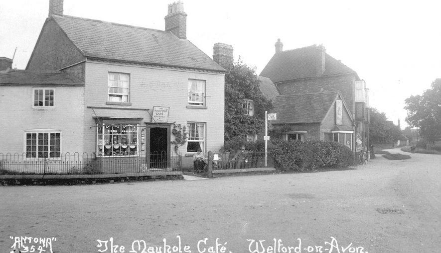The Maypole Cafe, Welford on Avon.  1920s |  IMAGE LOCATION: (Warwickshire County Record Office)