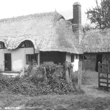 Welford on Avon.  Cottage