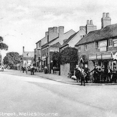 Wellesbourne.  Warwick Street