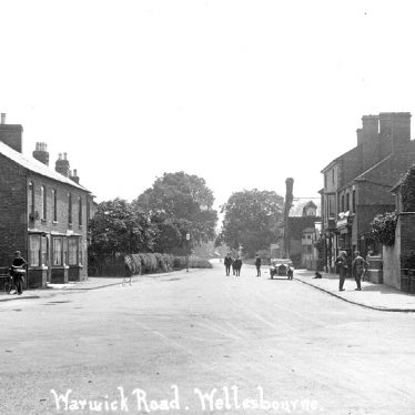 Wellesbourne.  Warwick Road