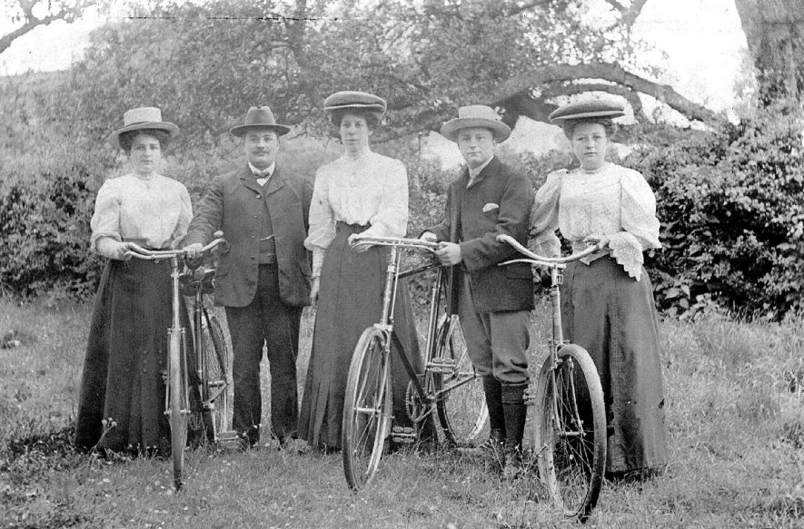 Members of the Slatter family and their bicycles at Whichford.  1900s |  IMAGE LOCATION: (Warwickshire County Record Office) PEOPLE IN PHOTO: Slatter, Sid, Slatter, Rosa, Slatter, Lizzie, Slatter, Kate, Slatter, Frank, Slatter as a surname