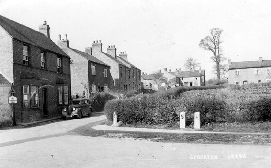 Mount Pleasant showing Post Office with a car parked outside, Stockton.  1954 |  IMAGE LOCATION: (Warwickshire County Record Office)