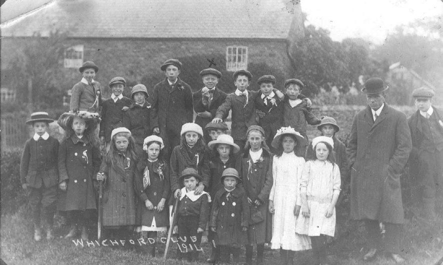 Whichford Club.  1914 |  IMAGE LOCATION: (Warwickshire County Record Office)