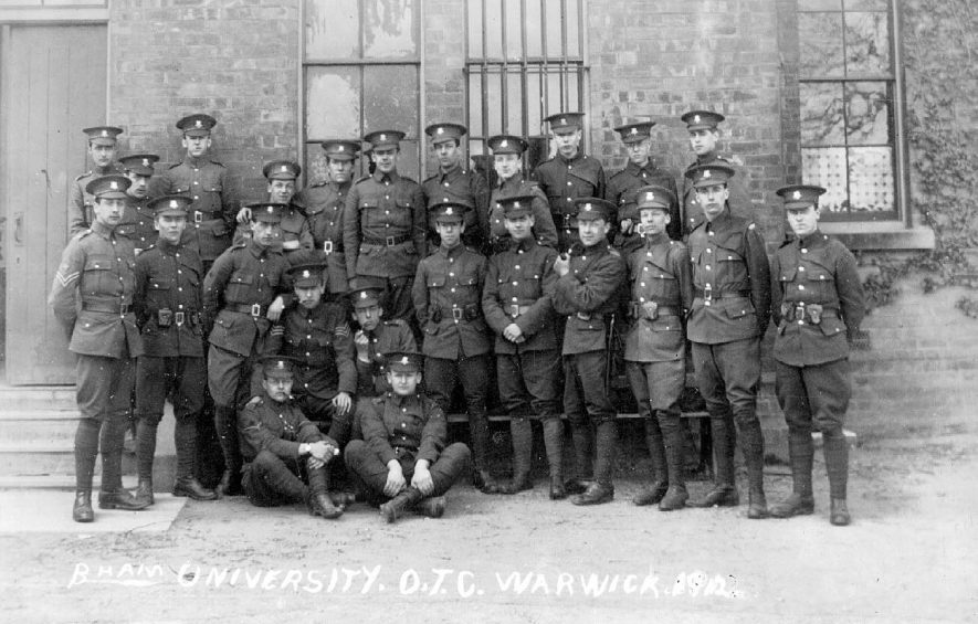 Birmingham University Officers Training Corps, at Warwick.  1912 |  IMAGE LOCATION: (Warwickshire County Record Office)