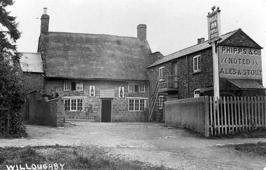 The Rose Inn, Willoughby.  1900s |  IMAGE LOCATION: (Warwickshire County Record Office)