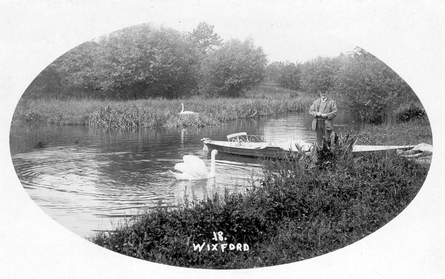 The River Arrow at Wixford.  1910s |  IMAGE LOCATION: (Warwickshire County Record Office)