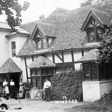 Wixford.  Fish Hotel