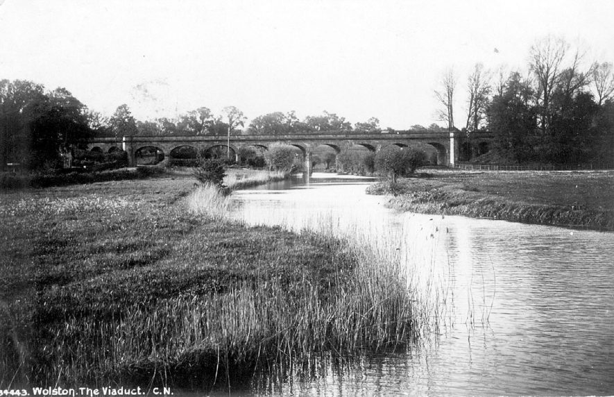 The viaduct over the River Avon at Wolston.  1900s |  IMAGE LOCATION: (Warwickshire County Record Office)