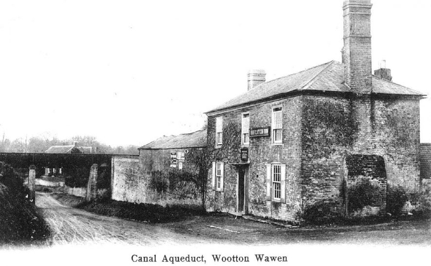 Wootton Wawen canal aqueduct.  1900s |  IMAGE LOCATION: (Warwickshire County Record Office)