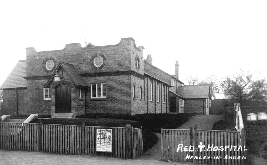 Exterior of the Red Cross hospital, Henley in Arden.  c. 1917 |  IMAGE LOCATION: (Warwickshire County Record Office)