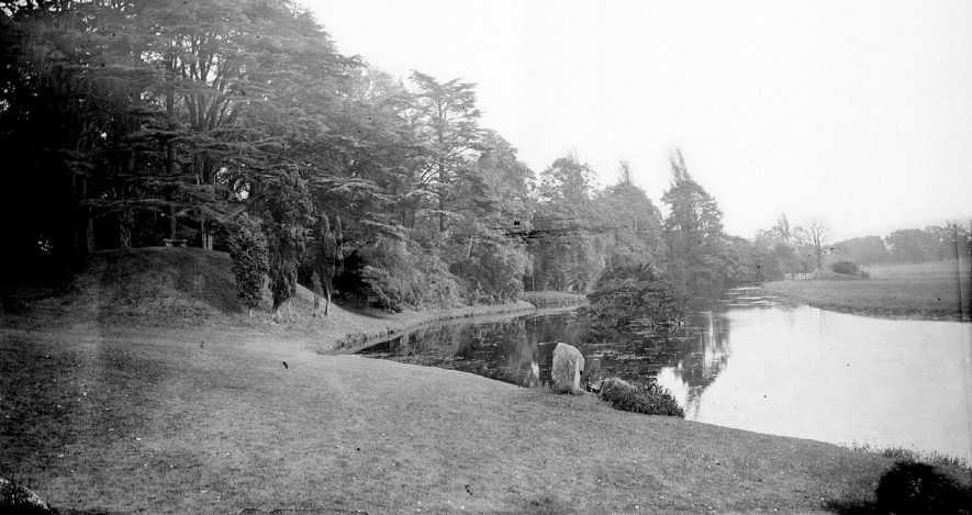 Peaceful scene at Arbury water.  1900s |  IMAGE LOCATION: (Warwickshire County Record Office)