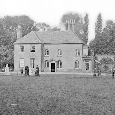 Chilvers Coton.  Coton Hall