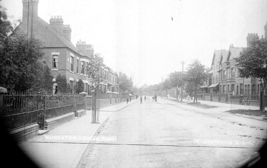 Children playing in Coton road, Nuneaton.  1900s |  IMAGE LOCATION: (Warwickshire County Record Office)
