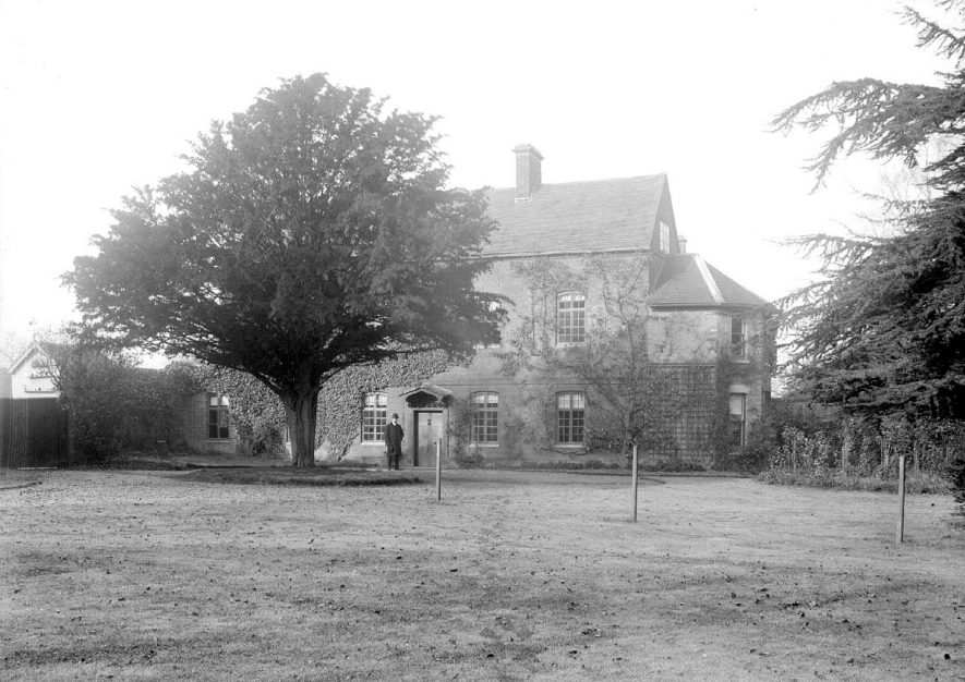 Griff House, home of George Eliot.  1900s |  IMAGE LOCATION: (Warwickshire County Record Office) PEOPLE IN PHOTO: Eliot, George, Eliot as a surname