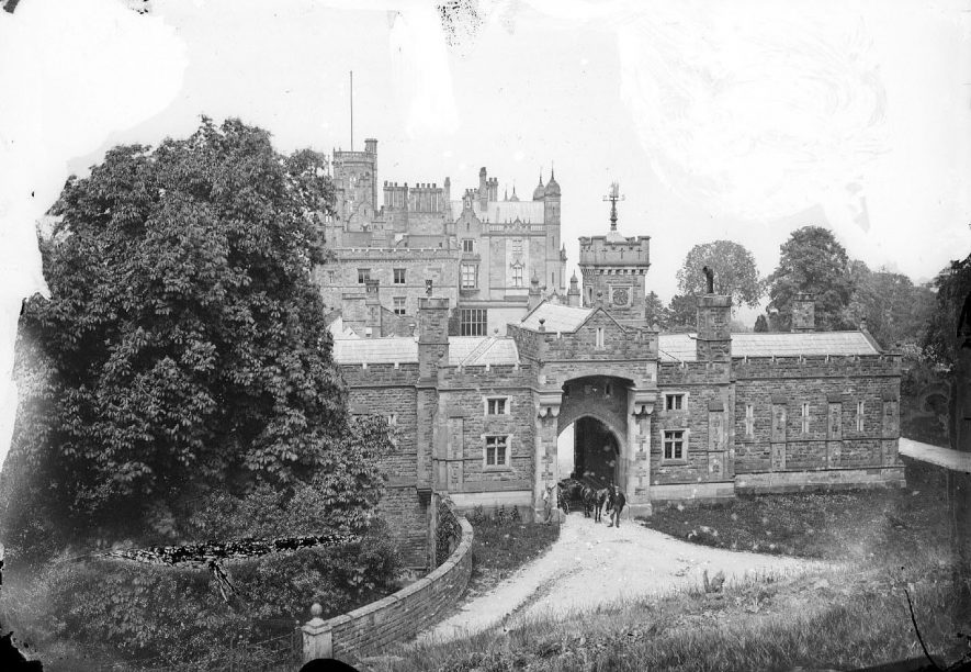 Merevale Hall.  1900s    IMAGE LOCATION: (Warwickshire County Record Office)