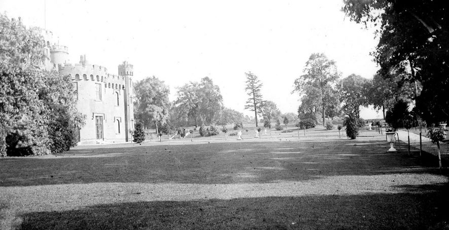 Weddington Castle & grounds.  1900s |  IMAGE LOCATION: (Warwickshire County Record Office)