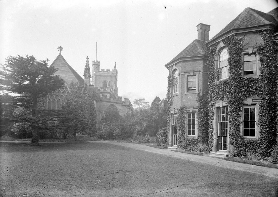 St Nicholas Church and vicarage, Nuneaton.  1900s |  IMAGE LOCATION: (Warwickshire County Record Office)
