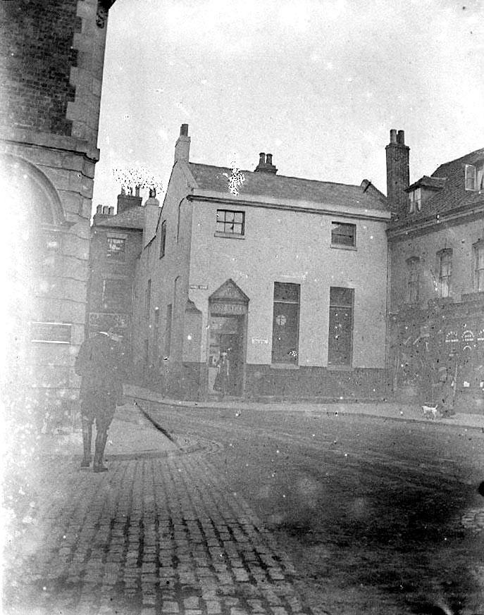 Bridge Street, Nuneaton showing Post Office.  1900s |  IMAGE LOCATION: (Warwickshire County Record Office)