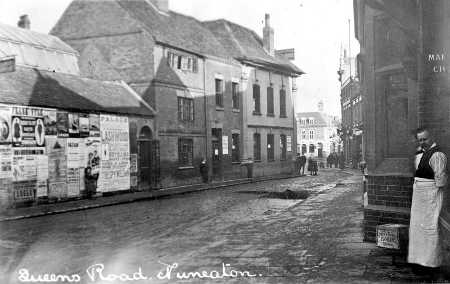 Queens Road, Nuneaton showing bottle neck into Market Place.  1900s |  IMAGE LOCATION: (Warwickshire County Record Office)