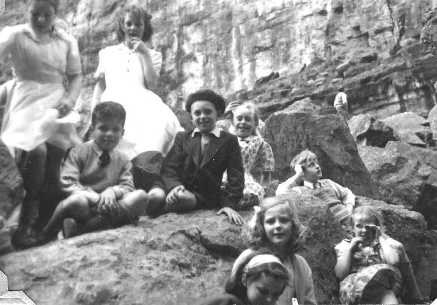Arley Church of England school outing to Cheddar Gorge and Charnwood Forest.  1951 |  IMAGE LOCATION: (Warwickshire County Record Office)