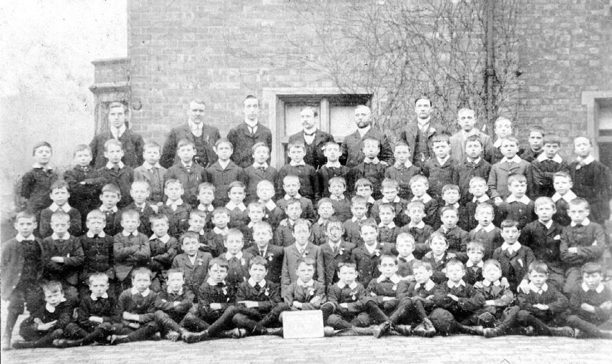 Group photograph of school boys and teachers, Atherstone.  1900s |  IMAGE LOCATION: (Warwickshire County Record Office)