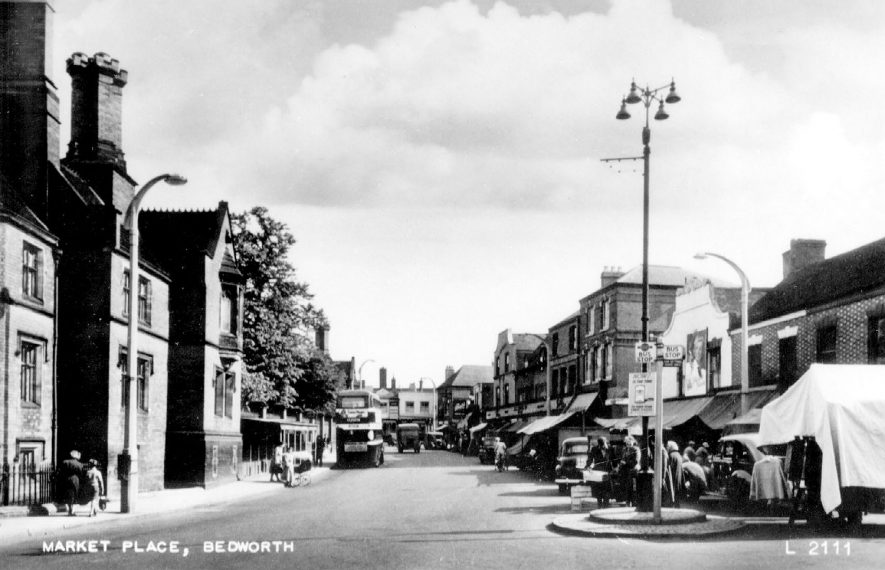 Bedworth Market Place.  1930s |  IMAGE LOCATION: (Warwickshire County Record Office)