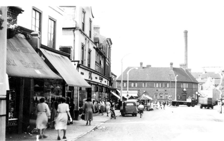 Bedworth Market Place.  1950s |  IMAGE LOCATION: (Warwickshire County Record Office)
