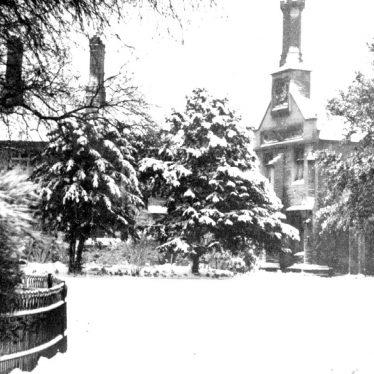 Bedworth.  Nicholas Chamberlain's almshouses