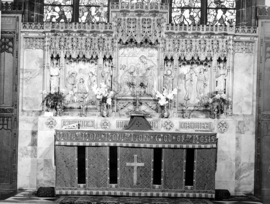 The altar and reredos at Bedworth parish church.  1950s |  IMAGE LOCATION: (Warwickshire County Record Office)