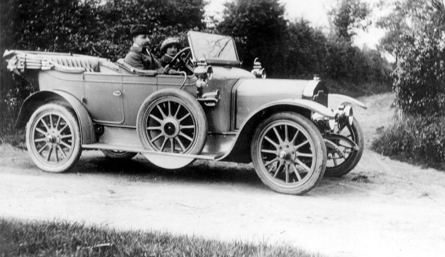 A 12 horse power Rover car in the 1900s.    IMAGE LOCATION: (Warwickshire County Record Office)