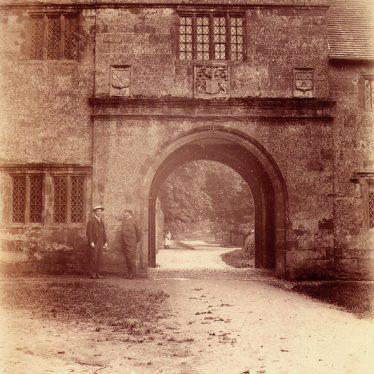 Wormleighton.  Archway