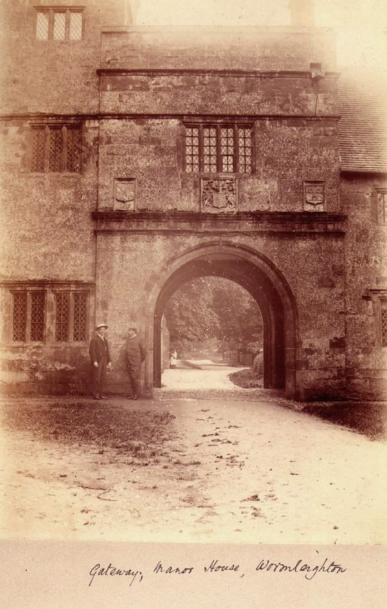 The Archway, Wormleighton.  1920s |  IMAGE LOCATION: (Warwickshire County Record Office)