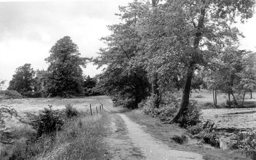 Footpath leading to Astley church.  1950s |  IMAGE LOCATION: (Coleshill Library)