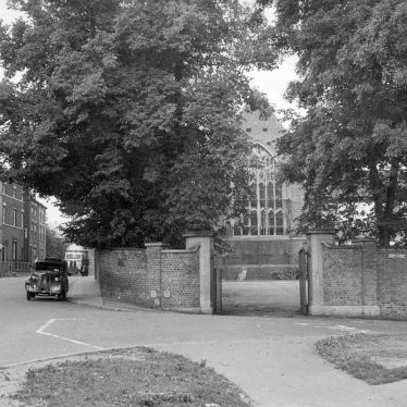 Atherstone.  Entrance to Queen Elizabeth Grammar School