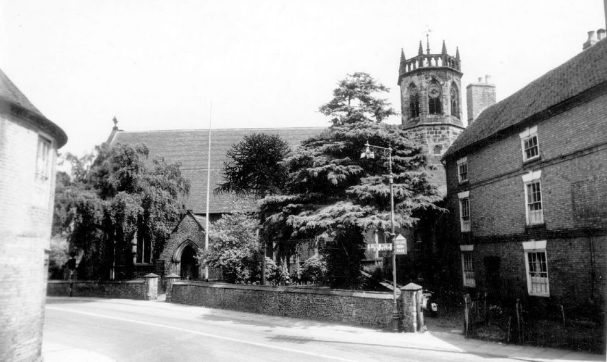 St Mary's Church, Atherstone.  1960s |  IMAGE LOCATION: (Warwickshire County Record Office)