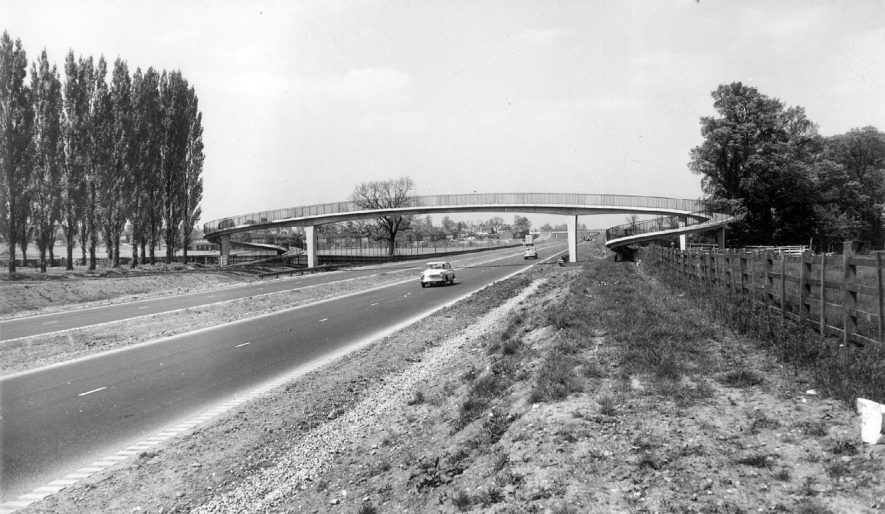 Atherstone by-pass.  1960s |  IMAGE LOCATION: (Warwickshire County Record Office)