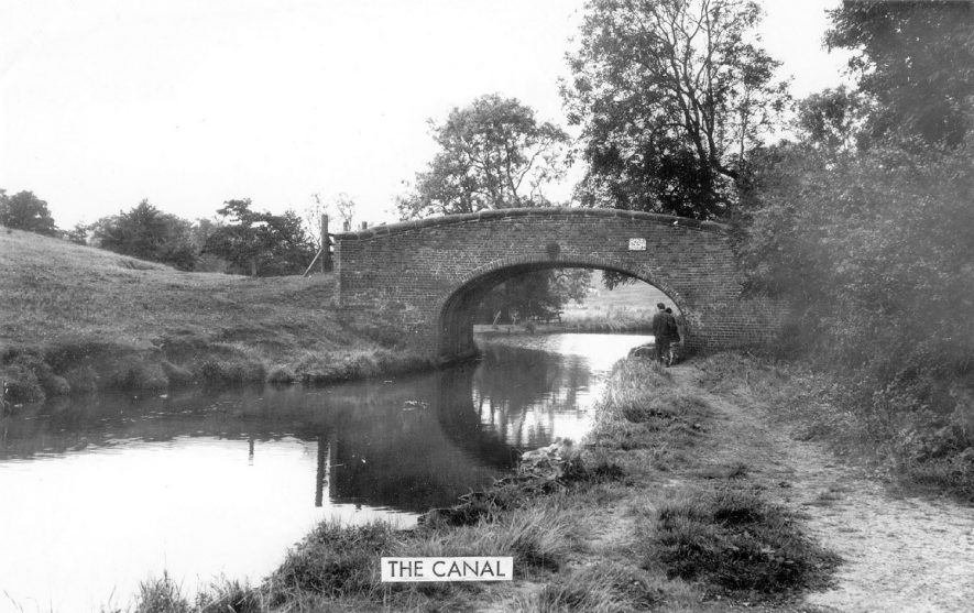 Coventry Canal with towpath and bridge at Atherstone.  1960s |  IMAGE LOCATION: (Warwickshire County Record Office)
