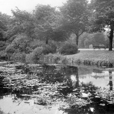 Nuneaton.  Riversley Park