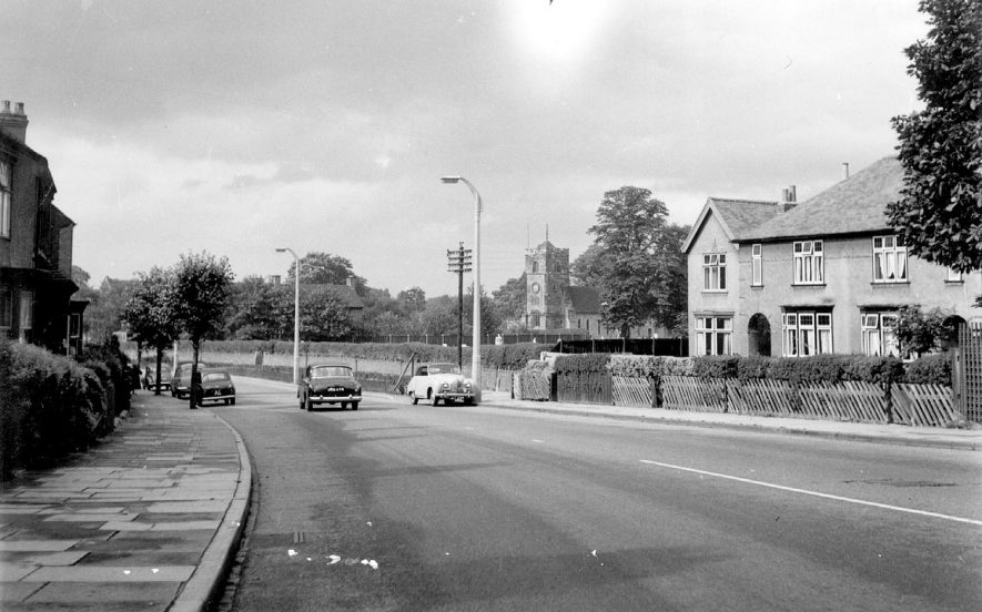 Coventry Road, Nuneaton.  1960s |  IMAGE LOCATION: (Warwickshire County Record Office)
