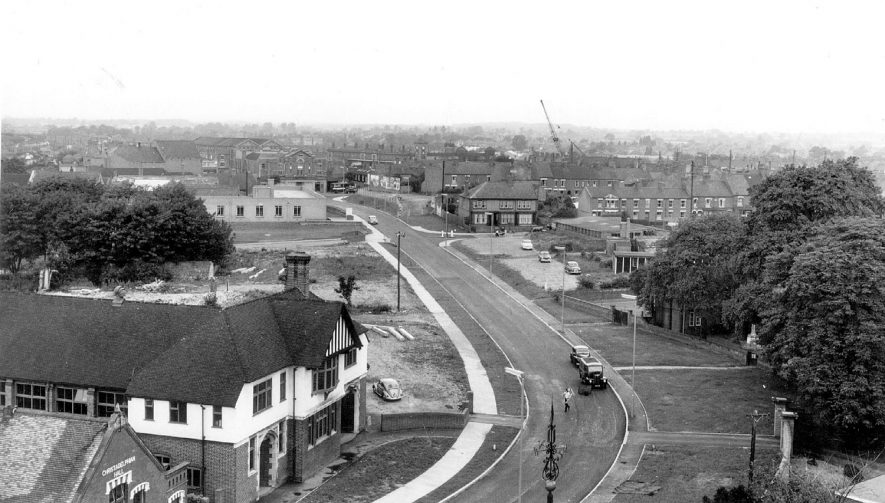 Vicarage Street, part of Nuneaton ring road.  1960s |  IMAGE LOCATION: (Warwickshire County Record Office)