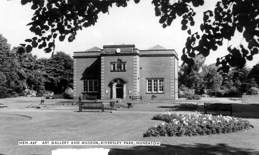 Riversley Park Art Gallery & Museum, Nuneaton.  1960s |  IMAGE LOCATION: (Warwickshire County Record Office)