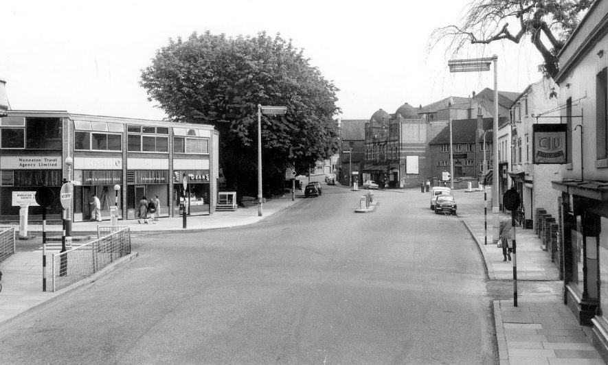 Bond Gate, Nuneaton.  1960s |  IMAGE LOCATION: (Warwickshire County Record Office)