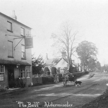 Alderminster.  Bell Inn