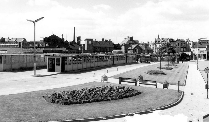 Nuneaton Bus Station.  1960s |  IMAGE LOCATION: (Warwickshire County Record Office)