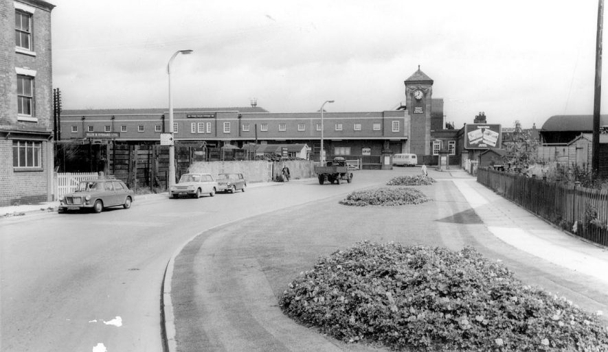 Trent Valley railway station at Nuneaton in the 1960s |  IMAGE LOCATION: (Warwickshire County Record Office)