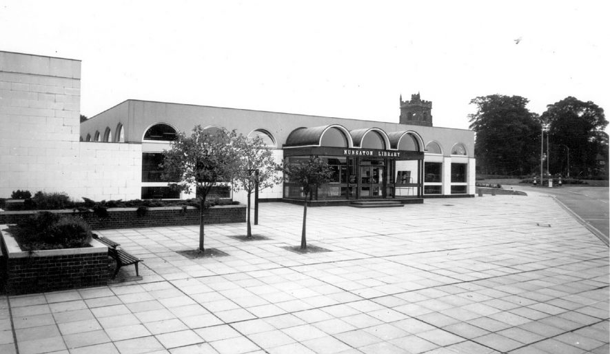View of Nuneaton Library in the 1960s. |  IMAGE LOCATION: (Warwickshire County Record Office)